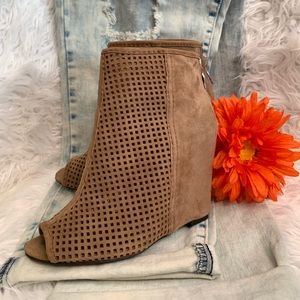 ASH June Suede Taupe Wedge Peep-Toe Booties Size 6